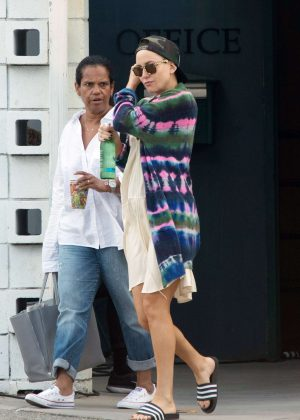Kate Hudson on the set of 'Sister' in Los Angeles