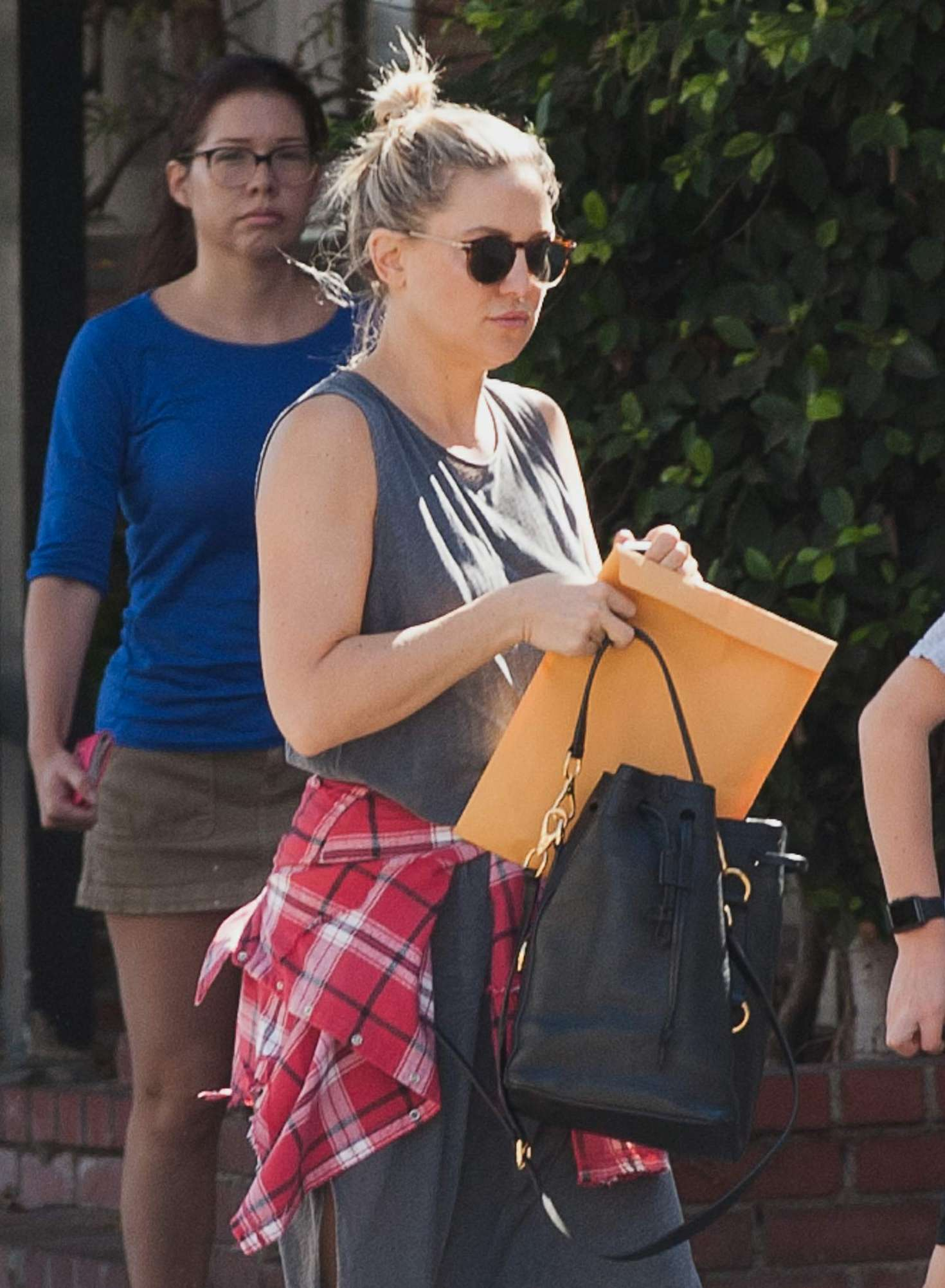 Kate Hudson out in Los Angeles