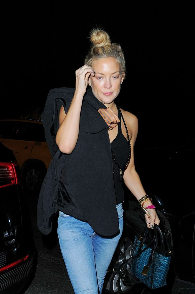 Kate Hudson in Jeans out in Manhattan