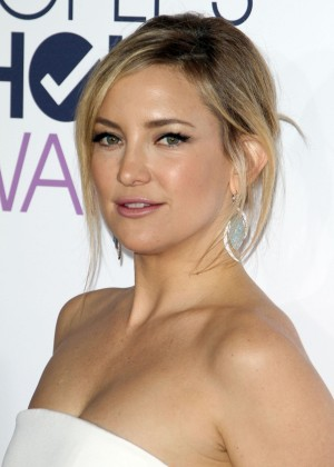 Kate Hudson - People's Choice Awards 2016 in Los Angeles