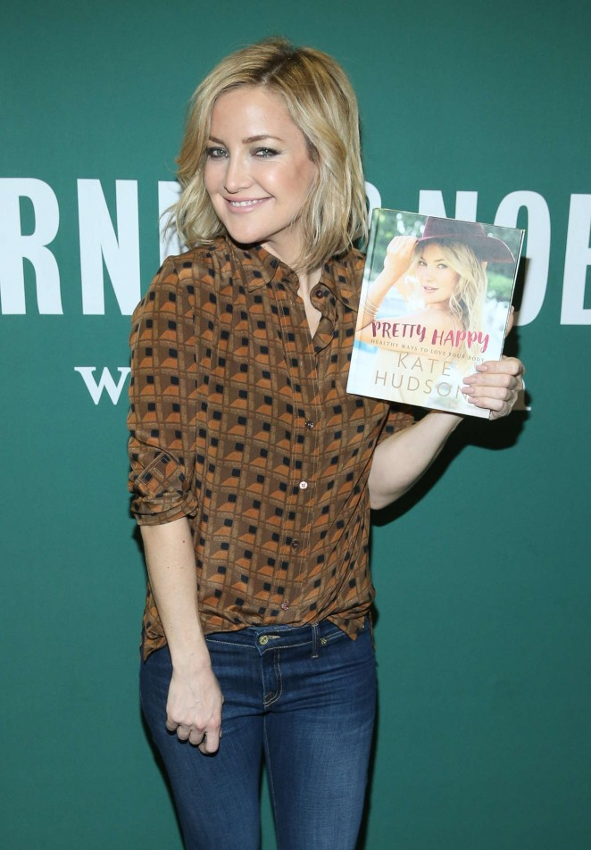 Kate Hudson – Promotes her new book 'Pretty Happy: Healthy Ways to Love Your Body' in NYC