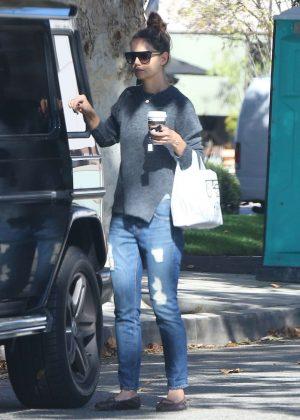 Kate Hudson: Shopping in Malibu -12