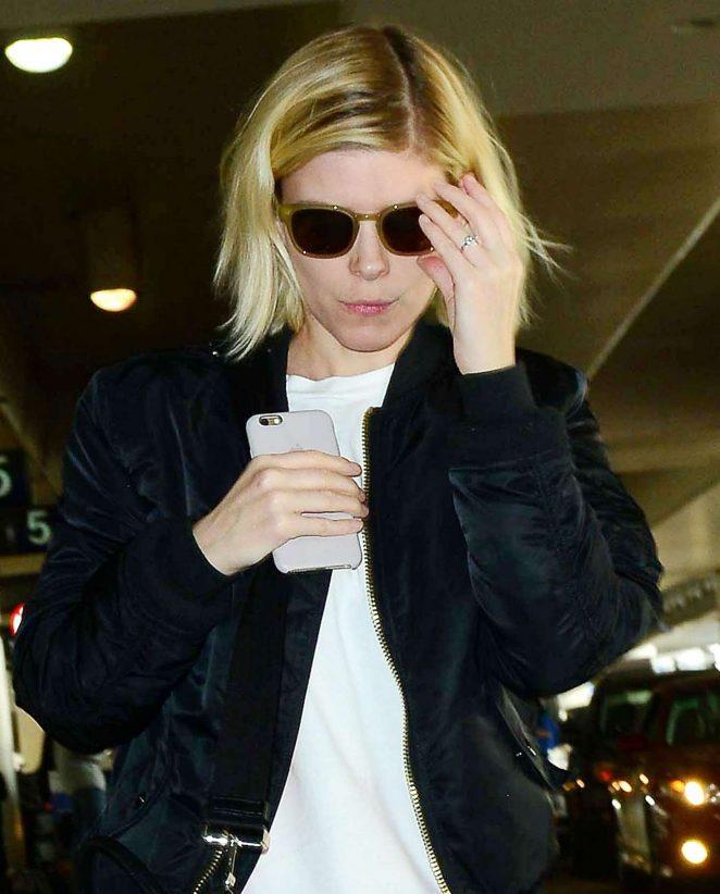 Kate Mara: Arriving at Los Angeles International Airport -01
