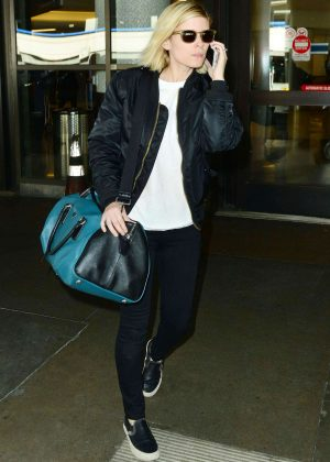 Kate Mara - Arriving at Los Angeles International Airport