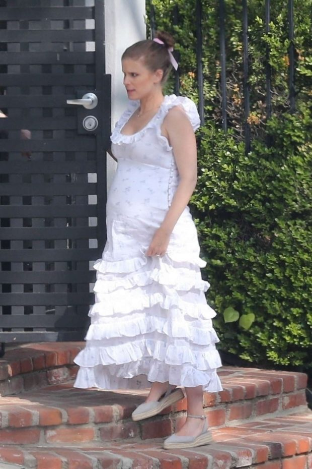 Kate Mara - Celebrates her baby shower in Los Angeles