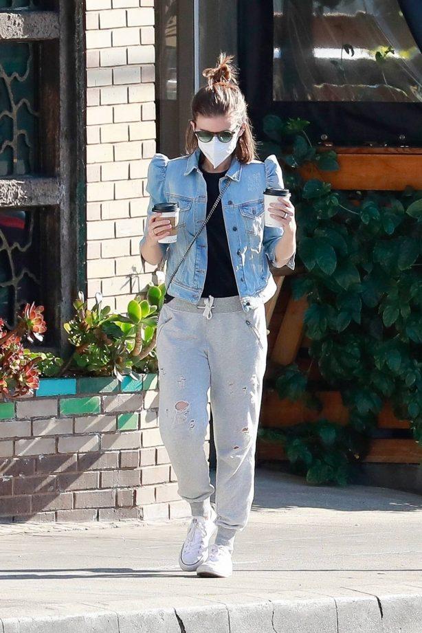 Kate Mara - Get coffee in Los Feliz