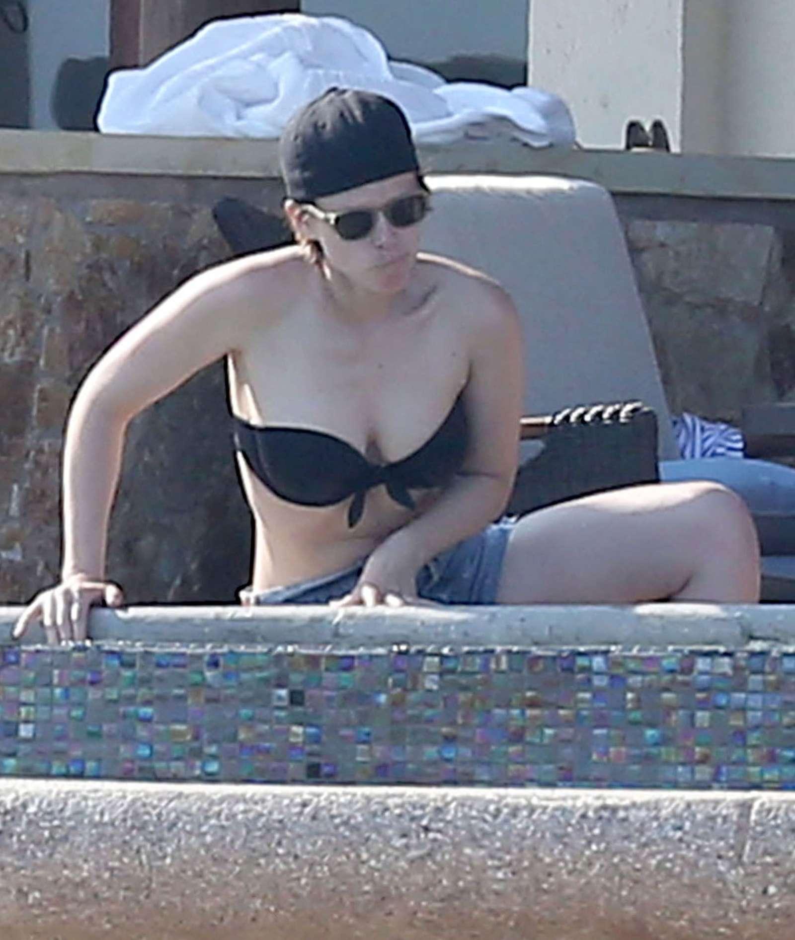 kate mara bikini