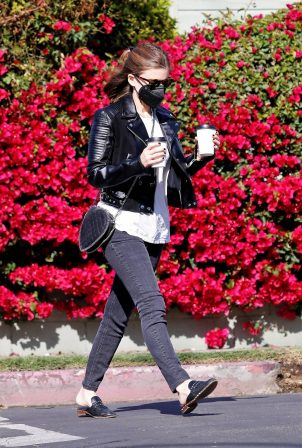Kate Mara - in black jeans and a leather jacket in Los Feliz