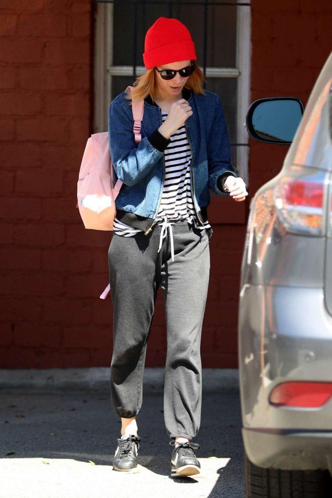 Kate Mara: Leaving a Workout -07