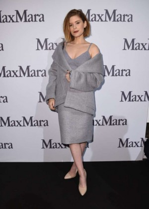 Kate Mara - Max Mara Fashion Show 2015 in Milan