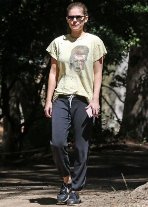 Kate Mara - Out for a hike in Los Angeles