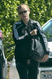 Kate Mara - Out for lunch in Los Feliz