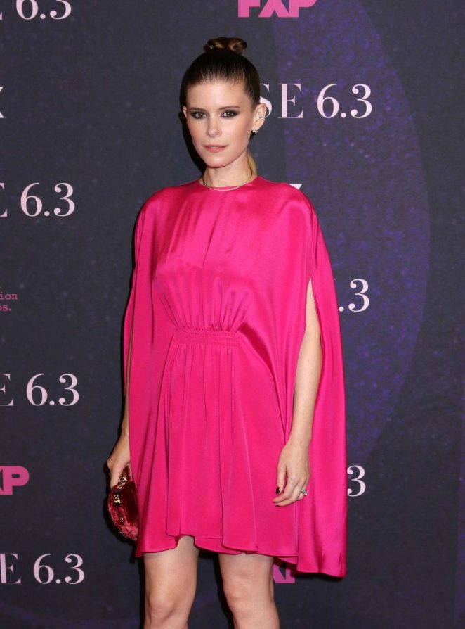 Kate Mara - Photocall at Pose Show Premiere In New York