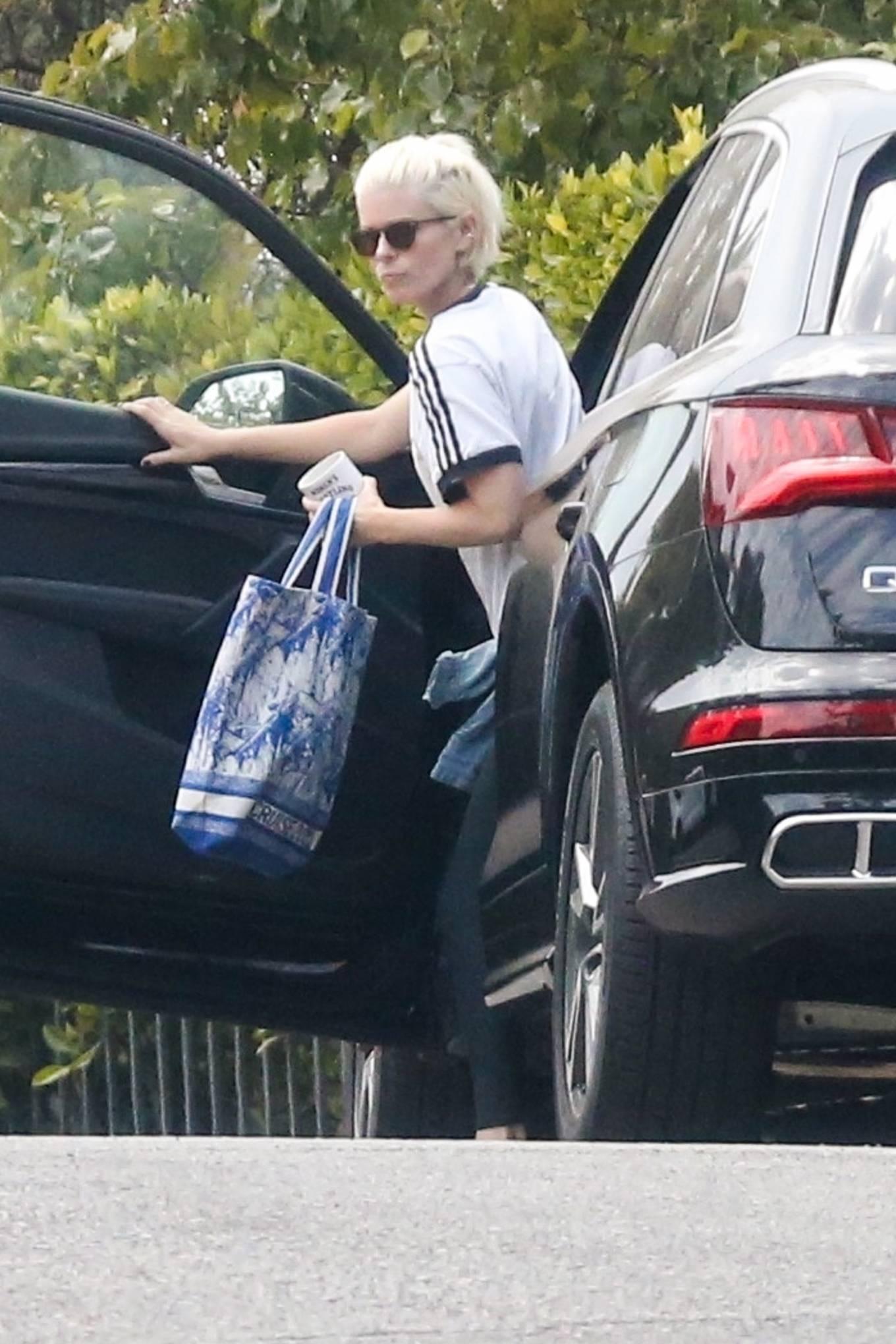 Kate Mara 2021 : Kate Mara – Seen running errands in Los Feliz-02