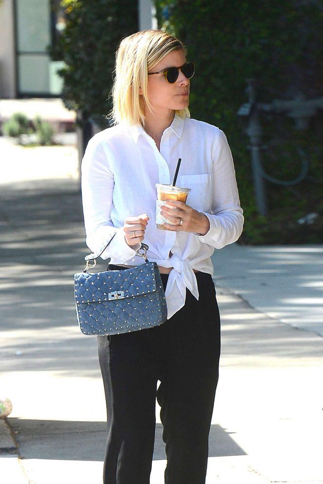 Kate Mara - Shopping at Ralph Lauren in LA