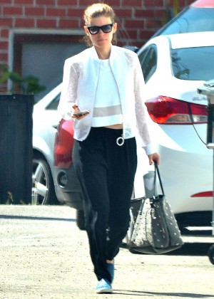 Kate Mara - Shopping in West Hollywood