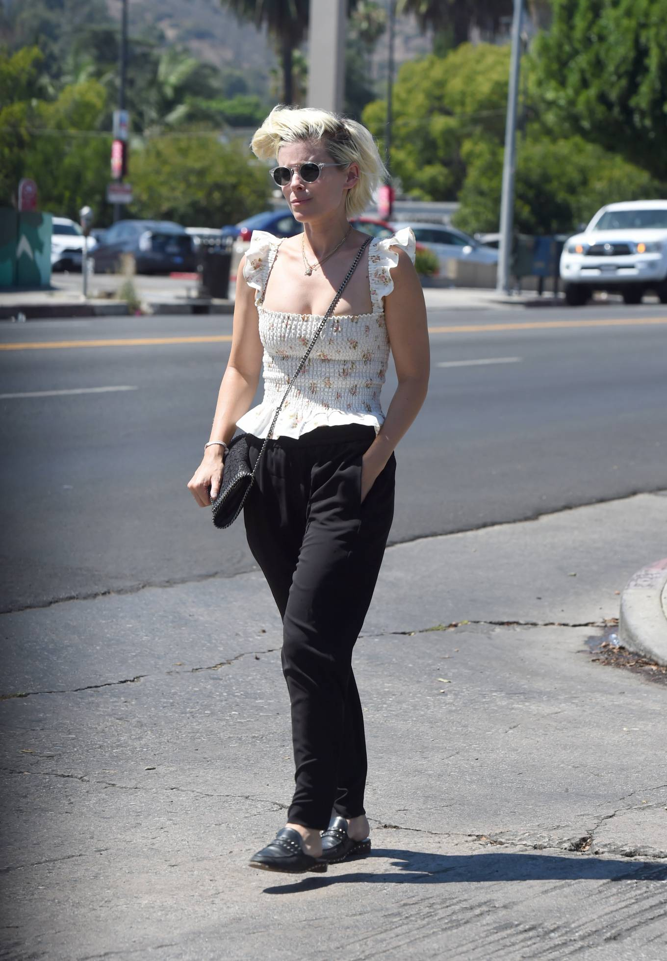Kate Mara - Shows off her platinum blonde hair while out in Los Angeles