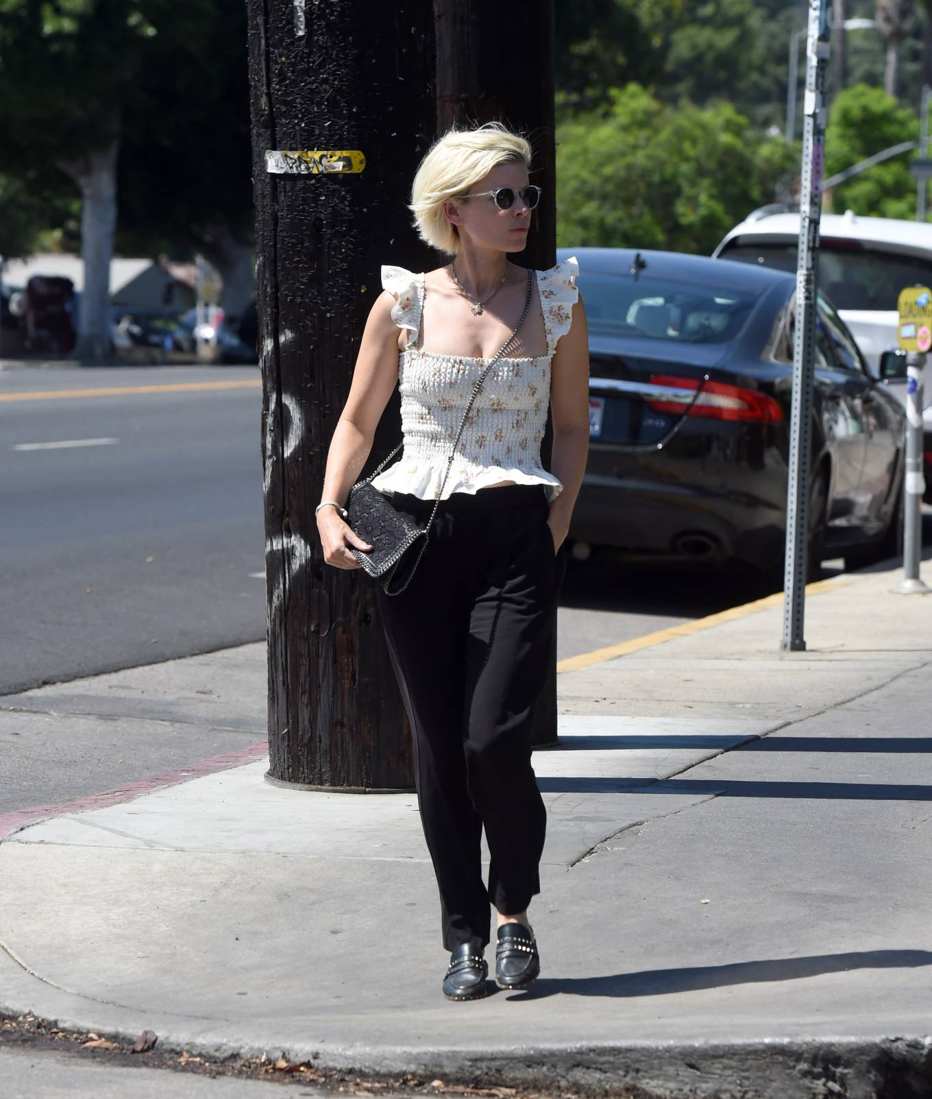 Kate Mara 2021 : Kate Mara – Shows off her platinum blonde hair while out in Los Angeles-12