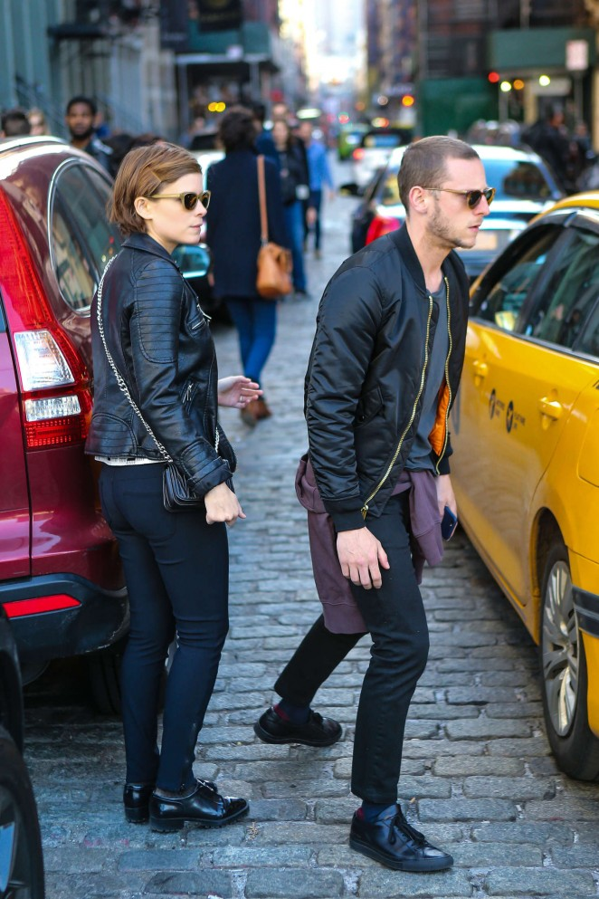 Kate Mara with boyfriend out in New York City -02 - GotCeleb