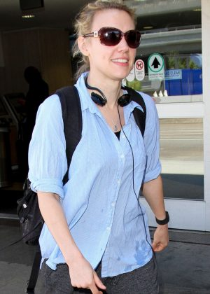 Kate McKinnon at LAX Airport in Los Angeles