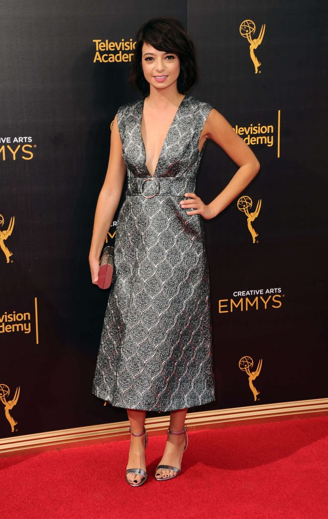Kate Micucci - Creative Arts Emmy Awards 2016 in Los Angeles