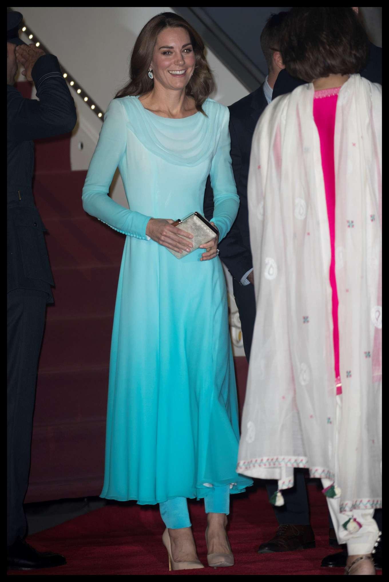 Kate Middleton 2019 : Kate Middleton – Arrives at Kur Khan airbase in Rawalpindi-39