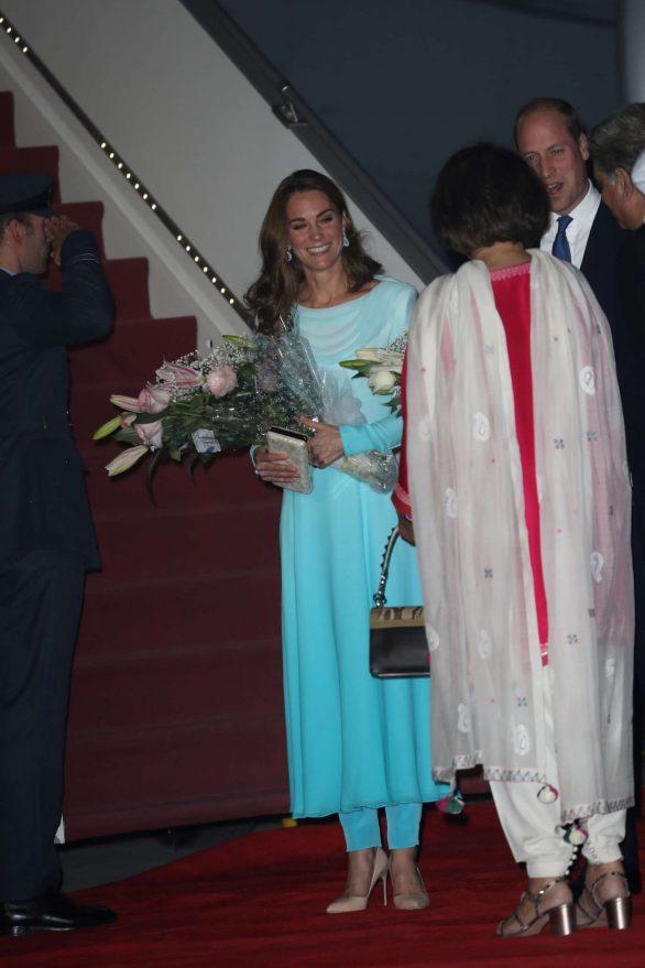 Kate Middleton 2019 : Kate Middleton – Arrives at Kur Khan airbase in Rawalpindi-42