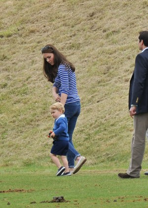 Kate Middleton Booty in Jeans -18