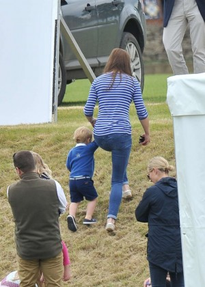 Kate Middleton Booty in Jeans -30