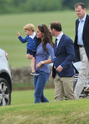 Kate Middleton Booty in Jeans -43