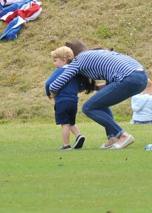 Kate Middleton Booty in Jeans -46