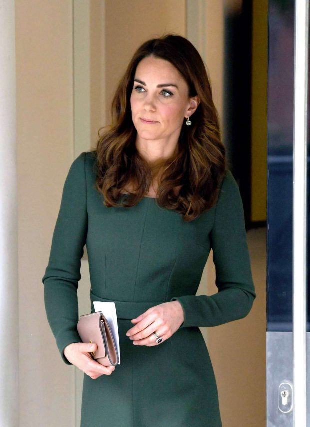 Kate Middleton: New Center of Excellence Opening -02