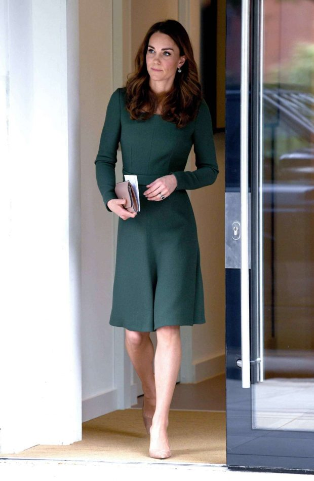 Kate Middleton: New Center of Excellence Opening -03