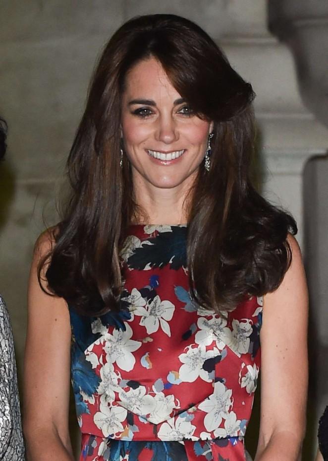 Kate Middleton 2015 : Kate Middleton in Floral Dress -01