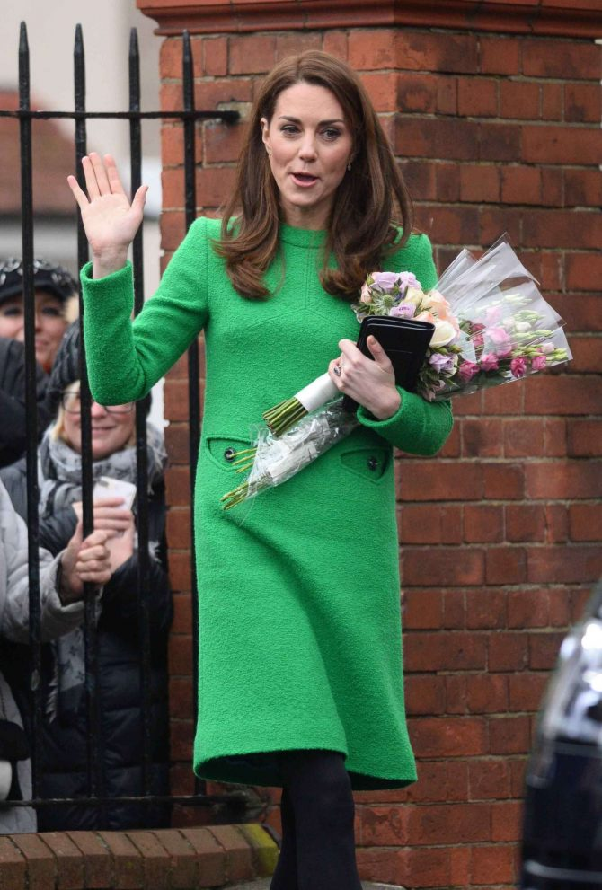 Kate Middleton – Visits Lavender Primary School in London