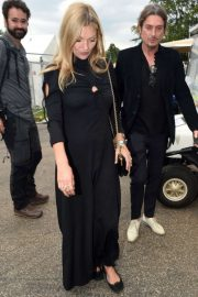 Kate Moss - Arrives at Hyde Park for Barbara Streisand's performance in London