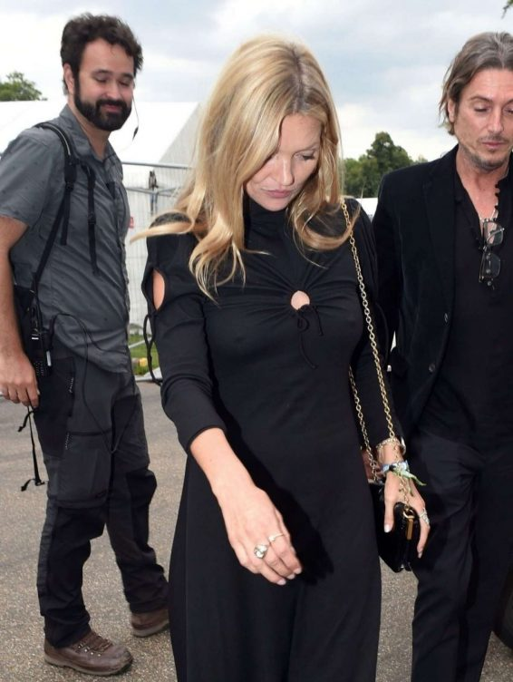 Kate Moss – Arrives at Hyde Park for Barbara Streisands performance-02