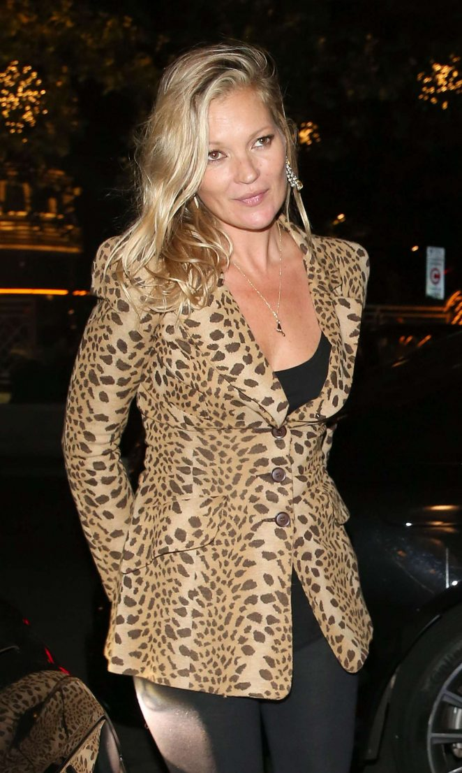 Kate Moss – Arrives at the Dorchester Hotel in London