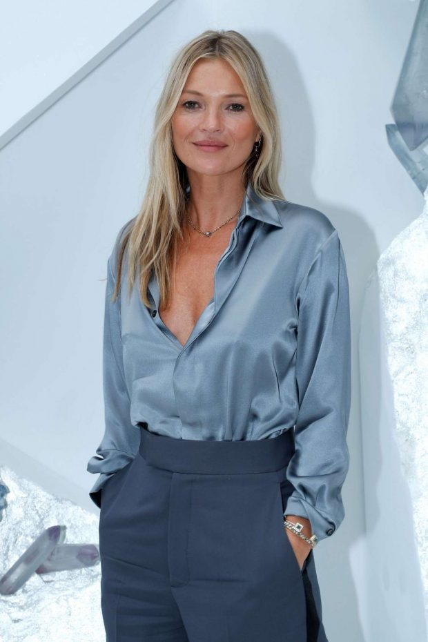 Kate Moss - Dior Homme Menswear SS 2020 Show in Paris