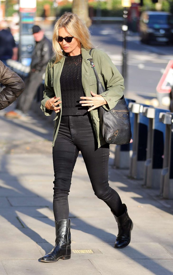 Kate Moss: Out and about in London -01