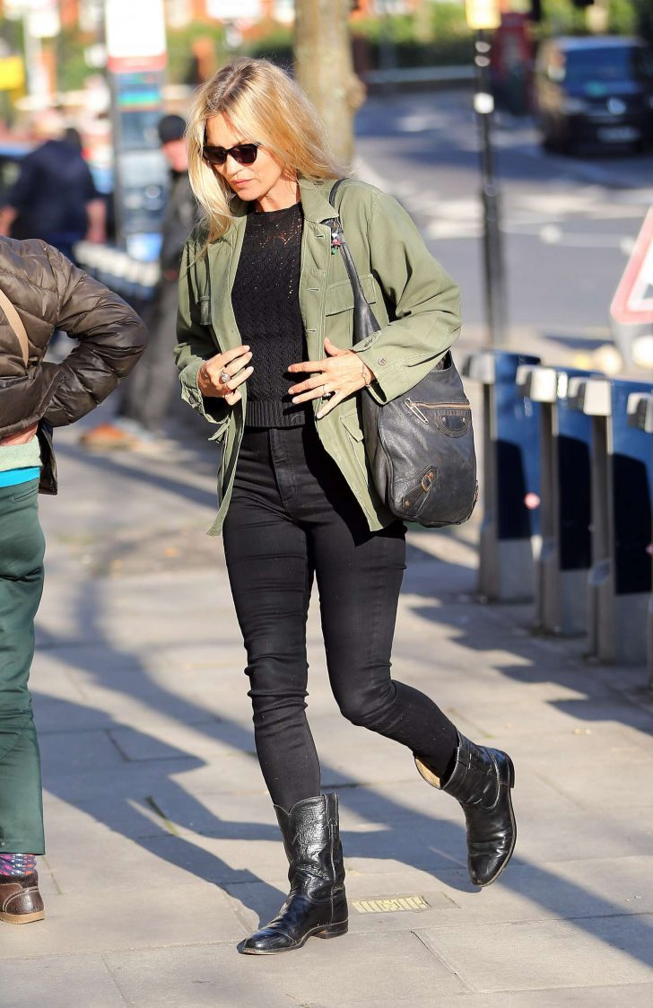 Kate Moss: Out and about in London -05