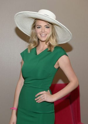 Kate Upton - 2016 Kentucky Derby in Louisville