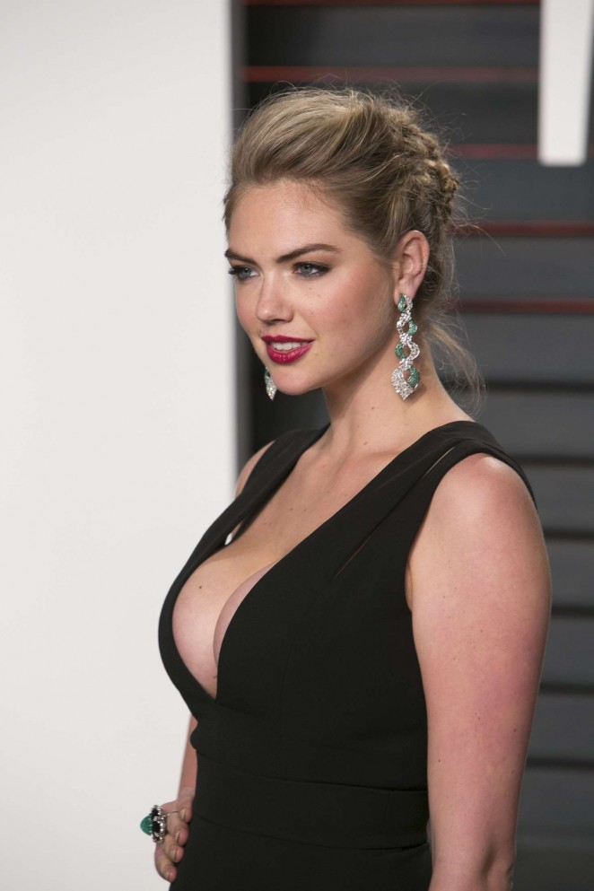 Kate Upton - Vanity Fair Oscar 2016 Party in Beverly Hills
