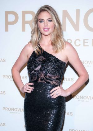 Kate Upton - 2017 Pronovias Fashion Show in Barcelona