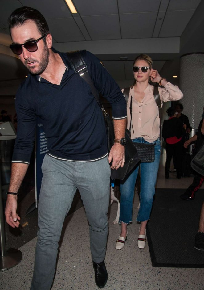 Kate Upton and Fiance Justin Verlander at LAX Airport -22