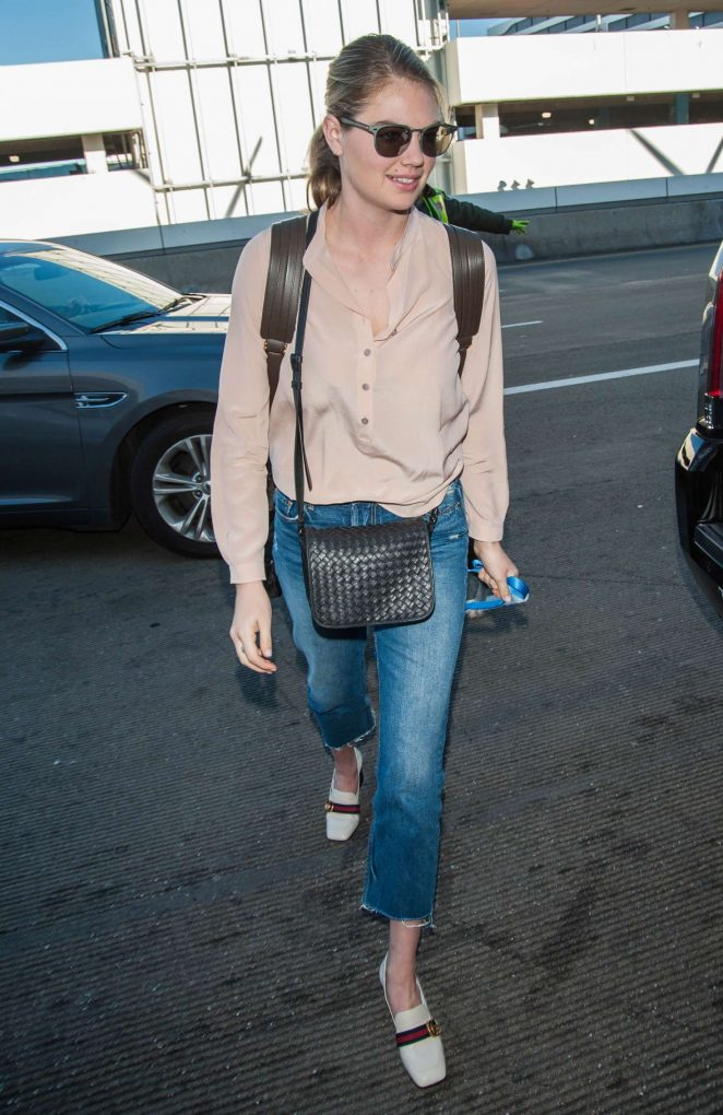 Kate Upton and Fiance Justin Verlander at LAX Airport -33