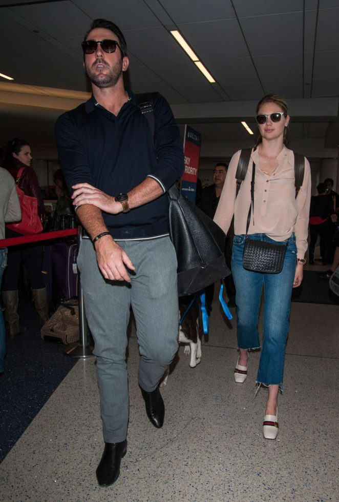 Kate Upton and Fiance Justin Verlander at LAX Airport -35