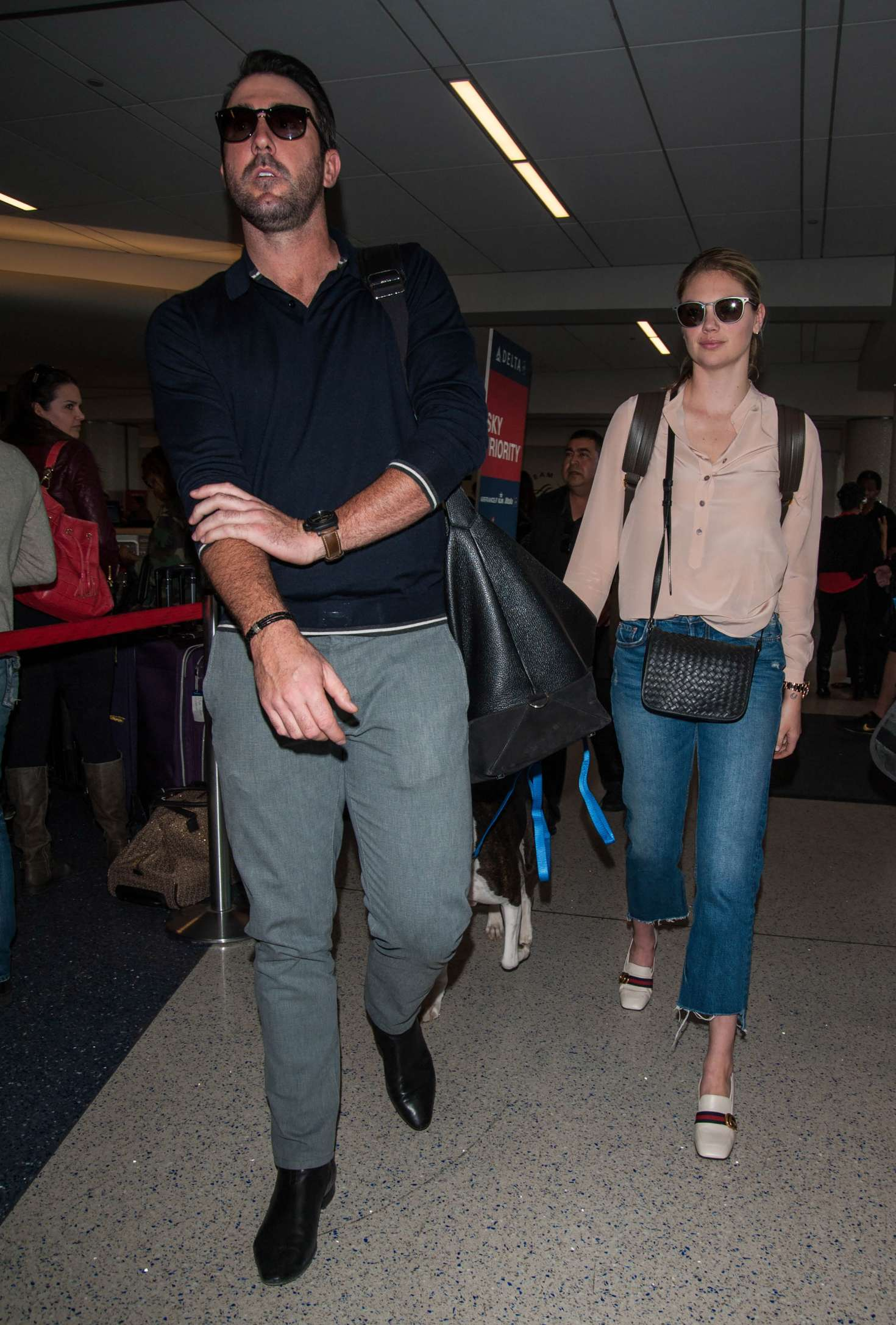 Kate Upton 2016 : Kate Upton and Fiance Justin Verlander at LAX Airport -35