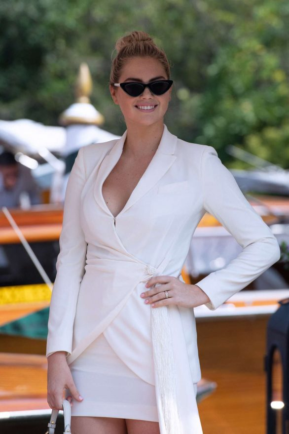 Kate Upton - Arriving at the 76th Venice Film Festival