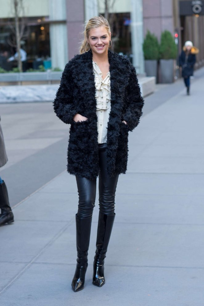 Kate Upton in Black Fur Coat -10